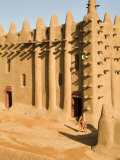 Mosque at Djenne, the largest mud-brick building in the world, Mali, West Africa Fotografisk tryk af Janis Miglavs