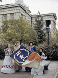 Women in Period Dresses Hold a North Carolina State Flag Fotografisk trykk av Joseph Baylor Roberts