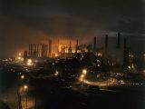 Blast Furnaces of a Steel Mill Light the Night Fotografisk trykk av Joseph Baylor Roberts