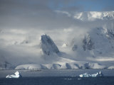 Gerlache Strait, Antarctic Peninsula, Antarctica, Polar Regions Photographic Print by  Keenpress