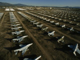 Rows of Fighter Jets in Storage at Davis Monthan Air Force Base Fotografisk tryk af Paul Chesley