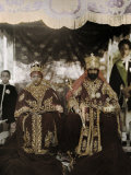 Monarchs Haile Selassie the First and Manen, Pose in their Robes Fotografisk tryk af W. Robert Moore