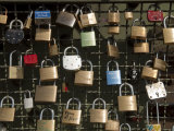 Love Padlocks on the Hohenzollern Bridge in Cologne, Germany Reproduction photographique par Greg Dale