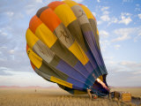 Hot Air Balloon Is Prepared for Flight over the Namib Desert Fotografie-Druck von Annie Griffiths Belt