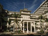 Historic Moana Hotel in Waikiki, Built before 1920 Fotografisk tryk af Paul Chesley
