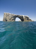 Anacapa Island Arch in the Channel Islands National Park Photographie par James Forte