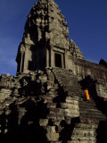 Angkor Wat Temple Complex with Ornate Relief Work on Buildings Fotografisk tryk af Paul Chesley