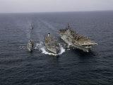 Navy Ships Refuel at Sea, Last Ship Acts as Guard for Men Overboard Fotografisk trykk av Joseph Baylor Roberts