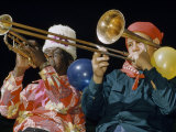 Close-up of Musicians Playing Trombone and Trumpet Lámina fotográfica por Justin Locke