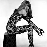 Circle Patterned Projection on Profile of Model, 1960s Giclée-tryk af John French