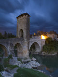 Fortified Bridge over the Gave De Pau, Orthez, Pyrenees-Atlantiques, Aquitaine, France Lámina fotográfica por Doug Pearson