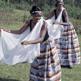 Intore Dancers Perform at Butare Fotografisk tryk af Nigel Pavitt