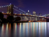 New York City, Manhattan, Brooklyn Bridge and Downtown Manhattan, USA Fotografie-Druck von Gavin Hellier