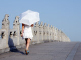 Beijing, Summer Palace - UNESCO World Heritage Site, A Young Girl on the 17 Arch Bridge, China Photographie par Christian Kober