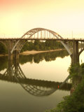 Alabama, Selma, Edmund Pettus Bridge, American Civil Rights Movement Landmark, Alabama River, USA Fotografie-Druck von John Coletti