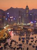 Peter Adams - Hong Kong, Hong Kong Island, Causeway Bay View across Harbour to Victoria Peak, China Fotografická reprodukce