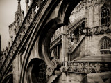 Lombardy, Milan, Piazza Duomo, Duomo Cathedral, Roof Detail, Italy Reproduction photographique par Walter Bibikow