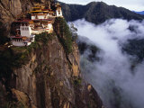Literally Meaning Tiger&#39;s Nest, Taktsang, Built around Cave in Which Guru Padmasambava Meditated Photographie par Paul Harris