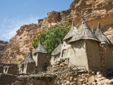 Dogon Country, Tereli, Granaries at Tereli - a Typical Dogon Village at the Base of the Bandiagara  Fotografisk tryk af Nigel Pavitt