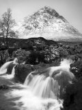 Coupall Falls and Buachaille Etive Mor in Winter, Glencoe, Scotland, UK Fotografie-Druck von Nadia Isakova