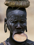 Woman of the Mursi Tribe, Her Clay Lip Plate Shows That She Is Married, Ethiopia Lámina fotográfica por John Warburton-lee