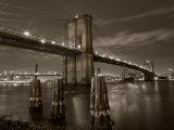 New York City, Manhattan, the Brooklyn and Manhattan Bridges Spanning the East River, USA Fotografie-Druck von Gavin Hellier