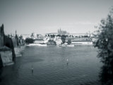 St, Vitus Cathedral and Vltava River, Prague, Czech Republic Photographie par Jon Arnold
