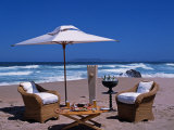 Lunch Set Up on Keurboom Beach for Guests at the Plettenberg Fotografisk tryk af John Warburton-lee