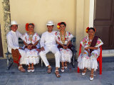 Members of a Folklore Dance Group Waiting to Perform, Merida, Yucatan State Photographie par Paul Harris