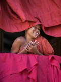 Burma, Rakhine State, Sittwe, Young Novice Monk at Pathain Monastery Where 210 Monks Live, Myanmar Photographie par Nigel Pavitt