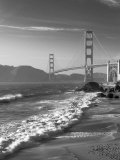 California, San Francisco, Golden Gate Bridge from Marshall Beach, USA Photographie par Alan Copson