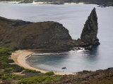 Pinnacle and Beach, Bartolome Island, Galapagos, Ecuador Photographic Print by Rolf Richardson