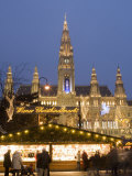 Christkindlmarkt and Rathaus at Rathausplatz at Twilight Photographic Print by Richard Nebesky