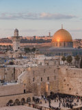 Dome of the Rock and the Western Wall, Jerusalem, Israel, Middle East Impressão fotográfica por Michael DeFreitas