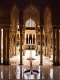 Court of the Lions, 14th century, Alhambra Palace, Spain Photographie