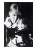Virginia Woolf, with Her Mother Julia, 1884 Giclee Print