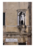 Statue of a Page on the Palazzo Guoro Civran Giclee Print by Antonio Rizzo