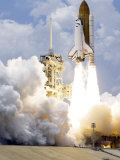 Space Shuttle Atlantis Lifts Off from its Launch Pad Photographic Print