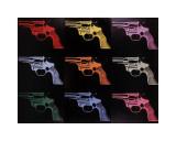 Andy Warhol - Gun, c.1982 (many/rainbow) Digitálně vytištěná reprodukce