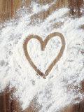 Heart Shape in Flour Photographie par Neil Overy