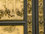 Lorenzo Ghiberti's Portrait Bust on the Baptistry Doors He Designed Fotodruck von Annie Griffiths Belt