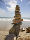 Rocks Balancing at the Beach, Aquinnah, Martha&#39;s Vineyard, Ma Fotografie-Druck von Frank Rapp
