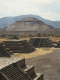 Temple of the Sun at Teotihuacan Photographic Print by Martin Gray