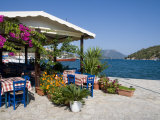 Taverna, Vathi, Meganisi, Ionian Islands, Greek Islands, Greece, Europe Fotografie-Druck von Robert Harding