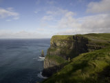 Cliffs of Moher, County Clare, Munster, Republic of Ireland, Europe Fotografisk tryk af Oliviero Olivieri