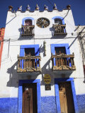 Colonial Architecture, San Miguel De Allende, San Miguel, Guanajuato State, Mexico, North America Photographic Print by Wendy Connett