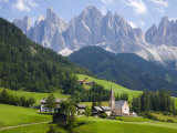 Parco Naturale Puez-Odle, Santa Maddalena, Val Di Funes, Dolomites, Bolzano, Italy Photographic Print by Ruth Tomlinson