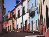 Narrow Street, Guanajuato, Guanajuato State, Mexico, North America Photographic Print by Wendy Connett