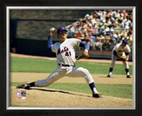 Tom Seaver - Pitching Action Framed Photographic Print