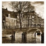 Autumn in Amsterdam II Kunstdrucke von Jeff Maihara